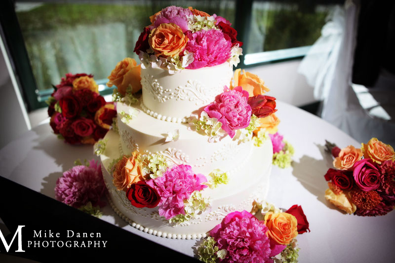 Carolyn Wong Cakes wedding photographer Mike Danen
