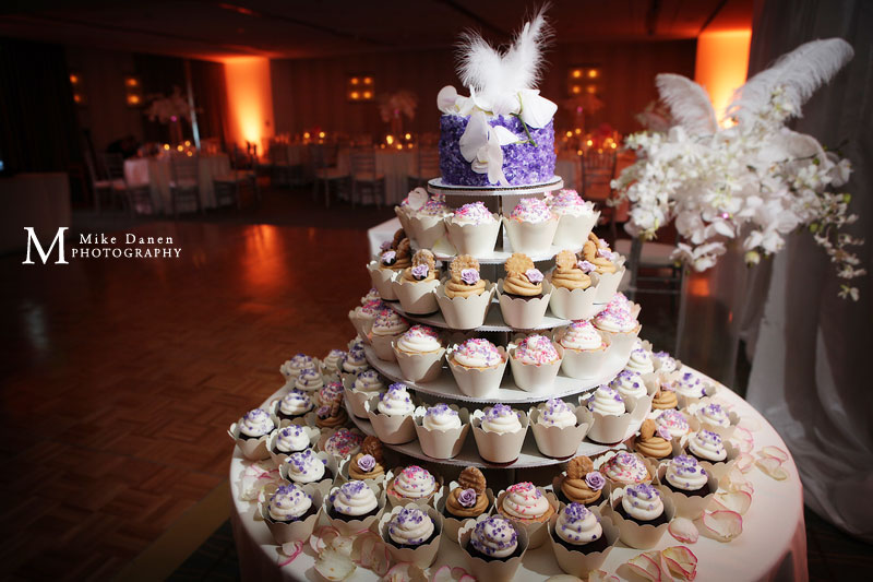 Pastries & Petals wedding photographer The Clement Mike Danen