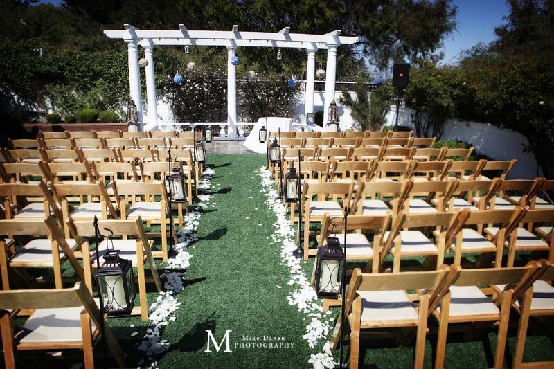 Wedding ceremony chairs and aisle